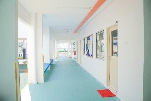 小規模と大規模の英語学校の違い