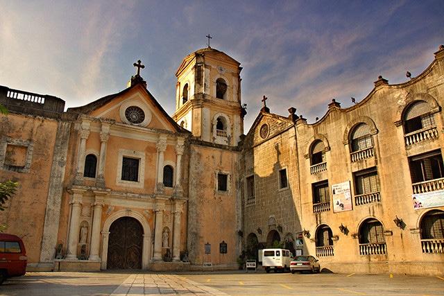 サン オウガスチン教会